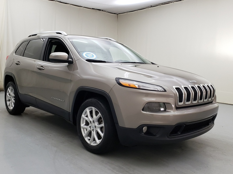 Pre-Owned 2016 Jeep Cherokee Latitude 2WD