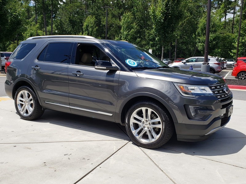 Pre-Owned 2016 Ford Explorer XLT FWD