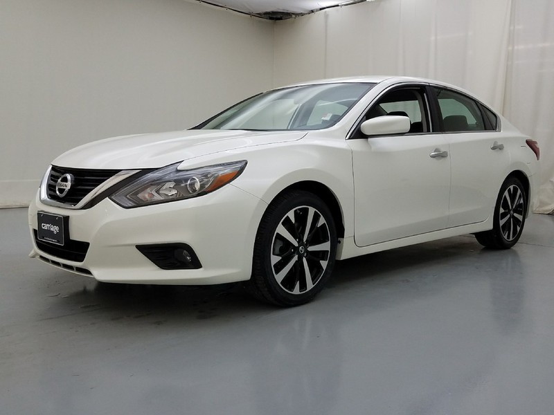 Carfax Customer Service >> Pre-Owned 2018 Nissan Altima 2.5 SR 4 Dr Sedan in ...