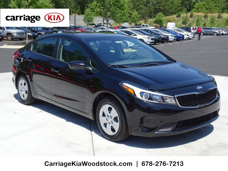 new 2017 kia forte lx 5 dr hatchback in woodstock w00305 carriage kia of woodstock. Black Bedroom Furniture Sets. Home Design Ideas