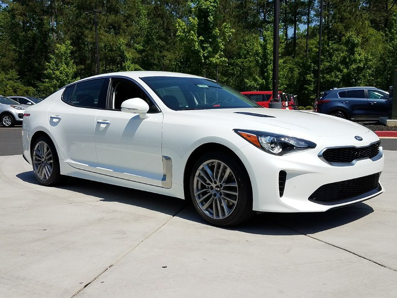 New 2018 Kia Stinger Base AWD