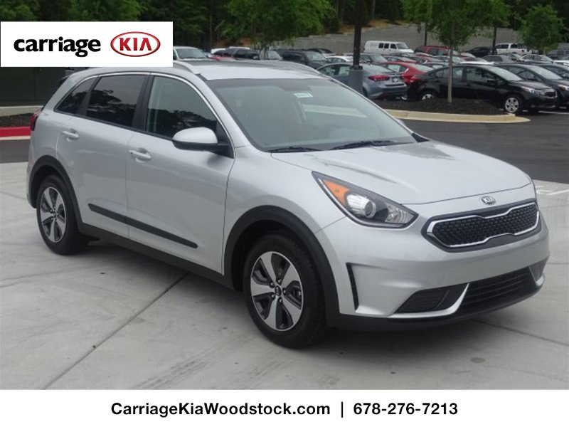 new 2017 kia niro lx fwd 4 dr suv in woodstock w00277 carriage kia of woodstock. Black Bedroom Furniture Sets. Home Design Ideas