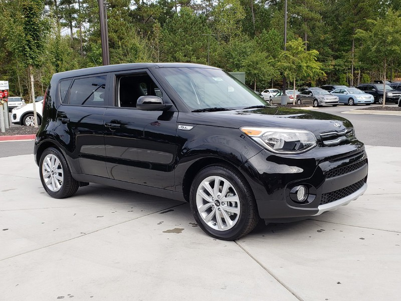 new 2019 kia soul 4 dr hatchback in woodstock w12269 carriage kia of woodstock. Black Bedroom Furniture Sets. Home Design Ideas
