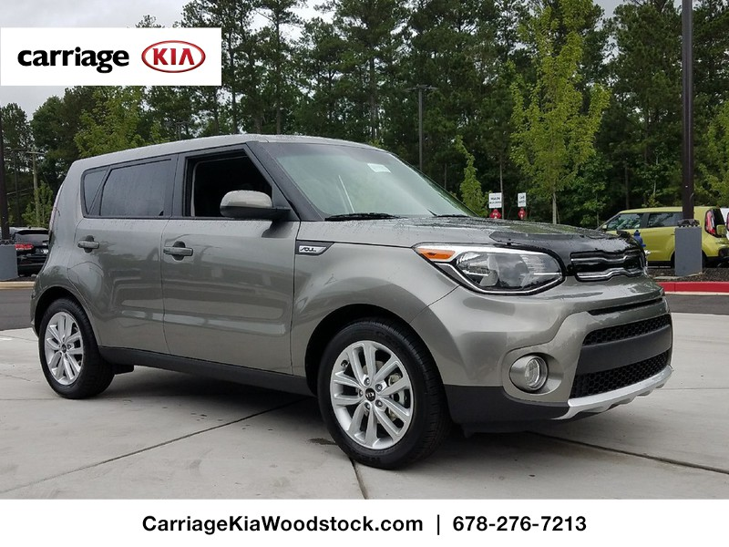 new 2017 kia soul 5 dr hatchback in woodstock w00102 carriage kia of woodstock. Black Bedroom Furniture Sets. Home Design Ideas