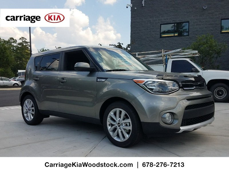 new 2017 kia soul 5 dr hatchback in woodstock w00101 carriage kia of woodstock. Black Bedroom Furniture Sets. Home Design Ideas