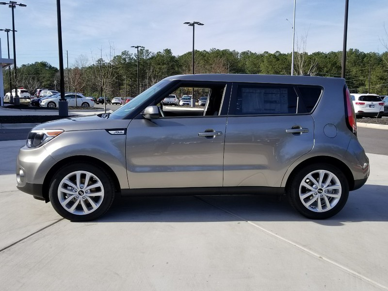 new 2018 kia soul 5 dr hatchback in woodstock w01216 carriage kia of woodstock. Black Bedroom Furniture Sets. Home Design Ideas
