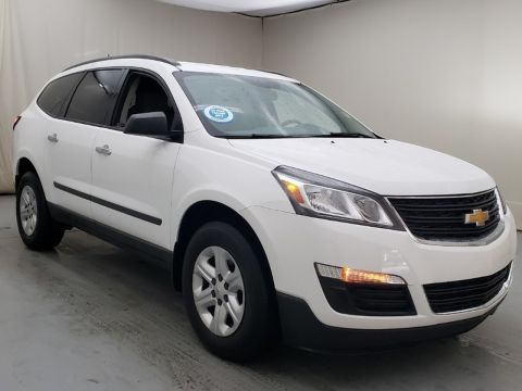 Pre-Owned 2017 Chevrolet Traverse LS FWD