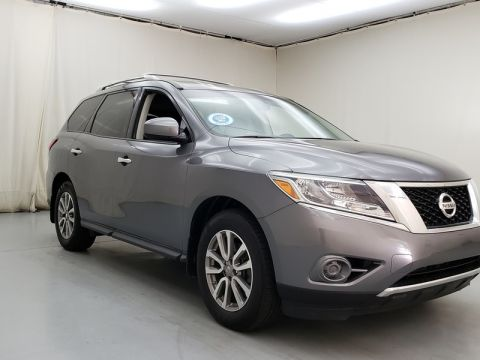 Pre-Owned 2016 Nissan Pathfinder S 2WD