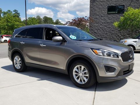 Certified Pre-Owned 2016 Kia Sorento LX AWD