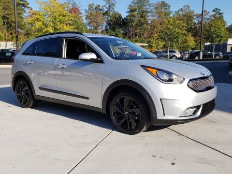 New 2019 Kia Niro S TOUR FWD